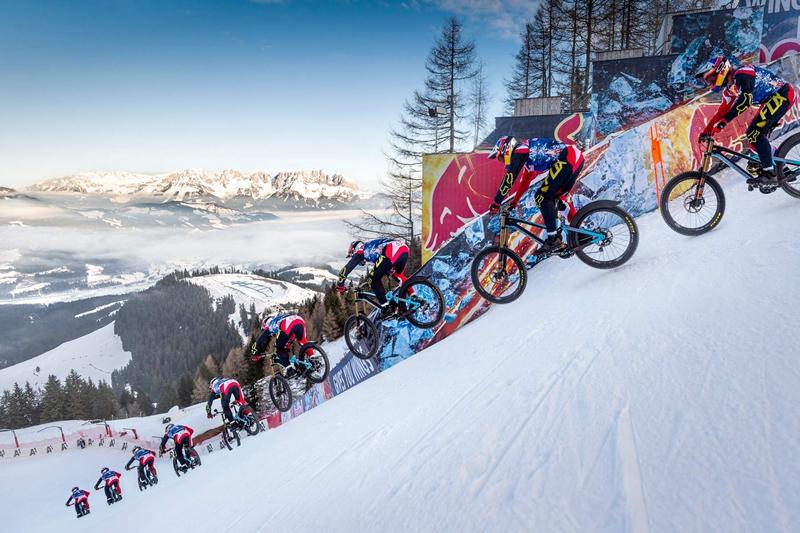雪地上的疯狂挑战 103公里的狂飙!