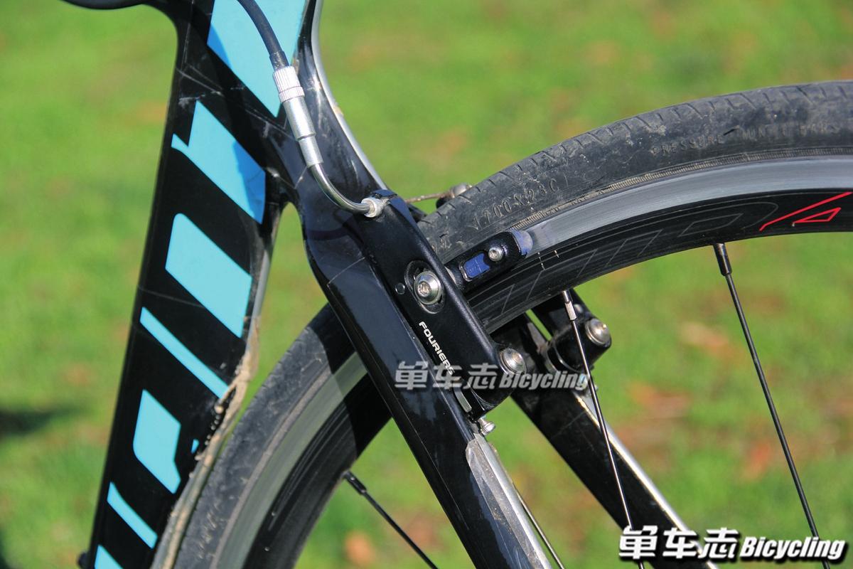 【单车小课堂】公路车直装式夹器单边调整