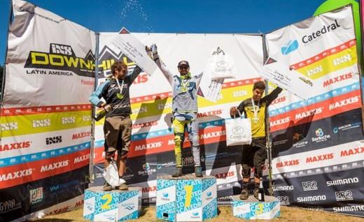 Giant赞助选手Marcelo Gutierrez赢得IXS速降赛杯冠军!