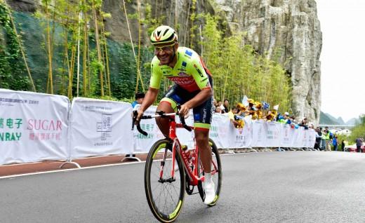 2018环中赛DAY14:亚历杭德罗·马可首披黄衫