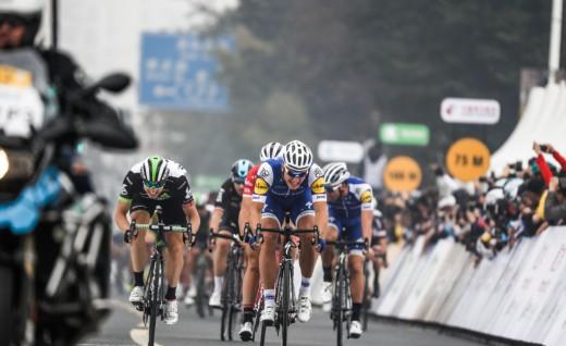 喜大普奔,德国车手马塞尔•基特尔再现环法职业绕圈赛•上海站