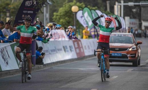 2018京杭自行车赛第六赛段,高邮运河畔国内车队登顶