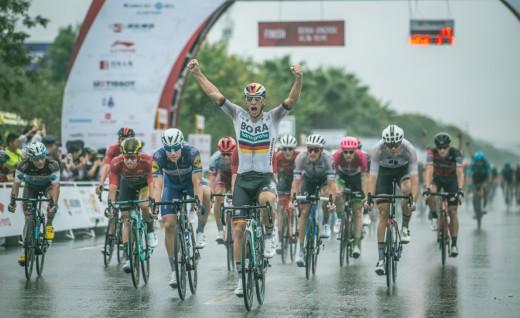 2018世巡赛环广西S2焦点人物︳24岁的德国国家新科冠军 博拉的大前锋阿克曼