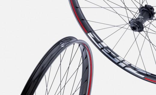 ZIPP 3Zero Moto碳纤山地轮组亮相