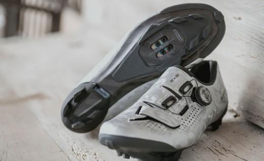 禧玛诺推出RX8 Gravel专用轻型骑行锁鞋