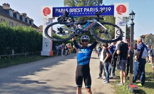 Giant上海车队选手肖国光参赛巴黎PBP挑战成功