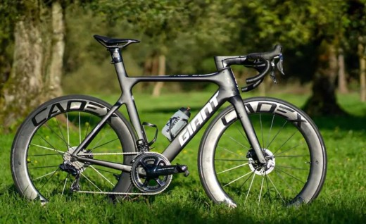 Ironman 70.3世界冠军Gustav Iden战驹Propel Advanced SL Disc