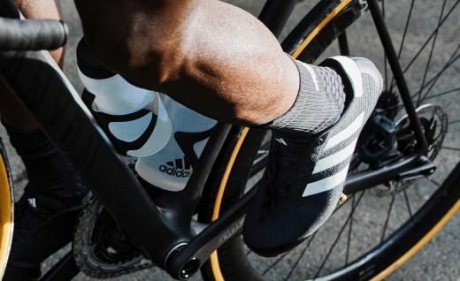 睽违15年后,Adidas推出新款锁鞋,你会买吗?